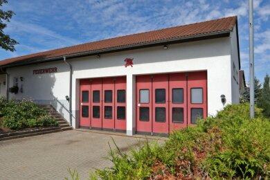 Ist zwar noch gut in Schuss, erfüllt aber nicht mehr alle gesetzlichen Vorschriften: Das Gerätehaus der Feuerwehr in Heinrichsort.