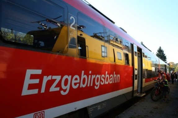 Weiter mit Dieselantrieb durchs Erzgebirge - die Pläne für den Ecotrain sind hinfällig.