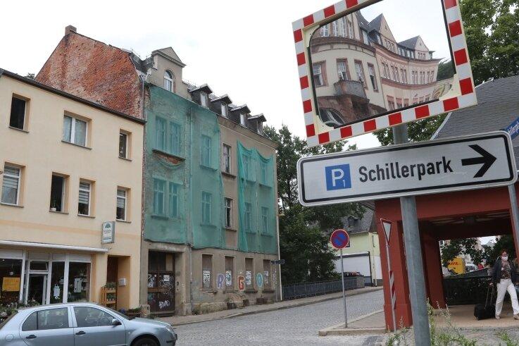 Das marode Gebäude Leipziger Straße 33 in Glauchau soll abgerissen werden. Es liegt an der sogenannten innerstädtischen Entwicklungsachse vom Bahnhof zum Schloss.