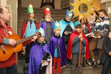Im Vorjahr besuchten die Sternsinger der katholischen Kirchgemeinde aus Werdau unter anderem auch das Rathaus. Das ist in diesem Jahr aufgrund der Coronabestimmungen nicht möglich.