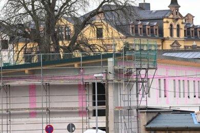 Blick auf den Anbau an der Kita Lebensbaum vor der Grundschule in Burgstädt. Durch die Investition in Höhe von rund 2,8 Millionen Euro sollen die Platzkapazität erhöht und die Betreuung verbessert werden.