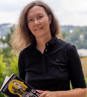 """""""Sophomania"""" lautet der zweiteKriminalroman von Danielle Zinn.Sie verfasst ihre Bücher auf Englisch. Auch Band zwei soll wie ihr Debüt-Krimi später auf Deutsch erscheinen."""
