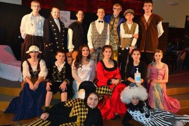 """Drei mal hat die Theatergruppe """"Der eingebildete Kranke"""" gespielt. 90 Leute durften jeweils in die gut 200 Personen fassende Aula."""
