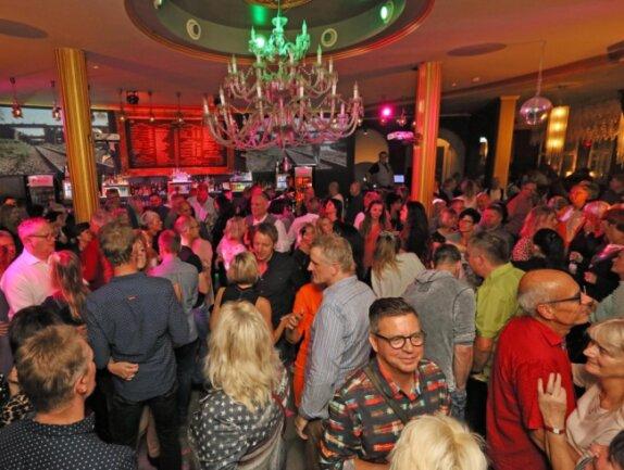 500 Gäste feierten 2019 - der jüngste Gast war 18 Jahre alt, der älteste Besucher 93.