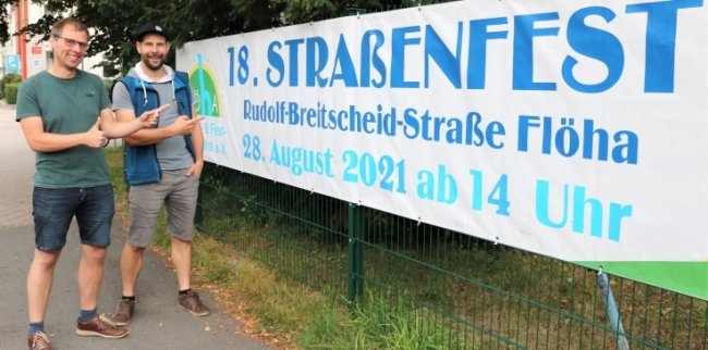 Freuen sich auf das vom Gewerbe- und Festverein Flöha organisierte Straßenfest: Vereinschef Manuel Grießbach (r.) und der Projektleiter des Straßenfestes sowie Vereinsmitglied Andre Riedel (l.).