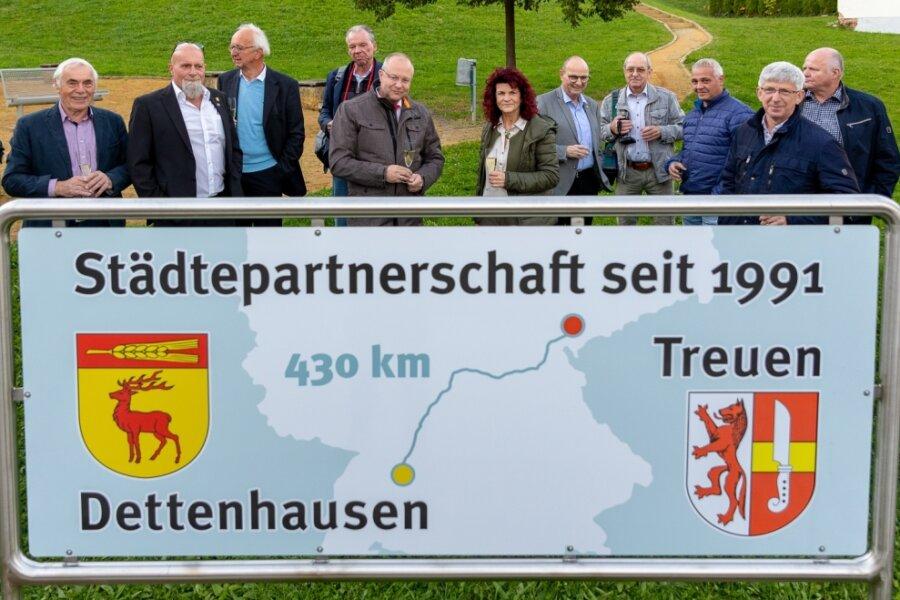 Wo liegt Dettenhausen?