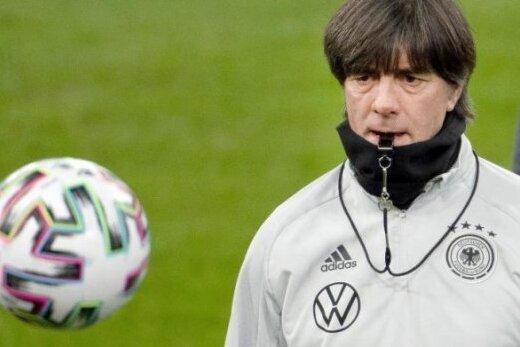 Bundestrainer Joachim Löw hat seinen EM-Kader bekanntgeben.