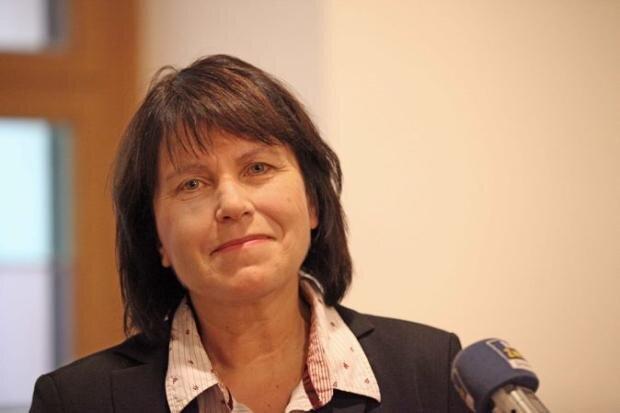Amtsinhaberin Pia Findeiß gewinnt in Zwickau mit rund 62 Prozent.