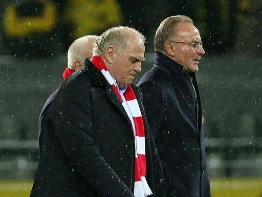 Bayern-Bosse ernteten Pfeifkonzert und Bierdusche