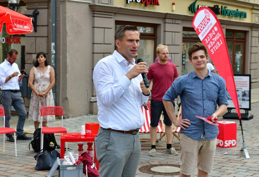 Martin Dulig ist am Freitag auf Einladung von Alexander Geißler (rechts) aufgetreten.