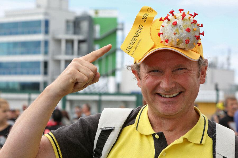 Nach abgesagter Motor-GP: 500 Fans gehen am Sachsenring spazieren