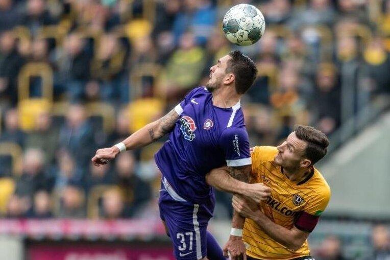 Vergangene Saison gegeneinander, ab sofort miteinander: Pascal Testroet (links) und Florian Ballas (rechts), der von Dynamo Dresden zum FC Erzgebirge wechselt.