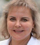 Veronika Bellmann war vor dem Einzug in den Bundestag im Jahr 2002 acht Jahre Landtagsmitglied. Die 60-Jährige stammt aus Eppendorf, lebt in Dresden.