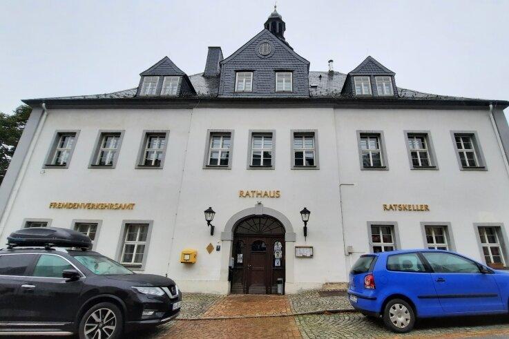 Das Rathaus in Schlettau beschäftigt die Stadträte.