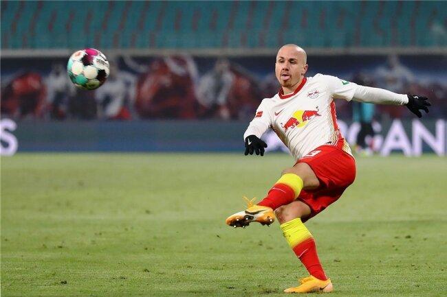 Mit seinem starken linken Fuß erzielte der technisch gut ausgebildete Angelino bereits viele Tore für die Leipziger.
