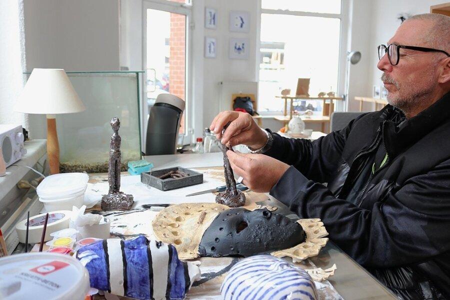 Tino Helbig in seinem Atelier in Zwickau.