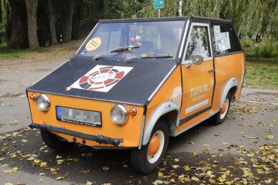 Das Fahrzeug ist ein aus den 1970er-Jahre alter AWS Schopper.