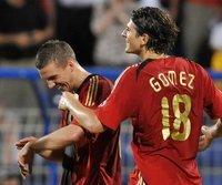 Gute Stimmung: Mario Gomez (r.) und Lukas Podolski