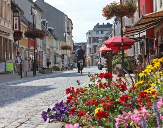 Blick in die Glauchauer Fußgängerzone. Im September soll hier die Post abgehen.
