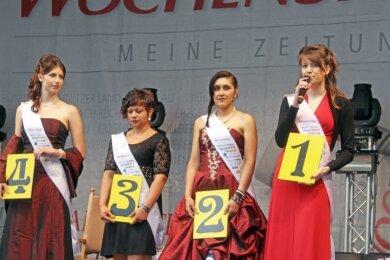 2013 trat Julia Richter (r.) schon einmal an, um Freibergs Königin zu werden. Damals unterlag sie Katharina I. (l.).