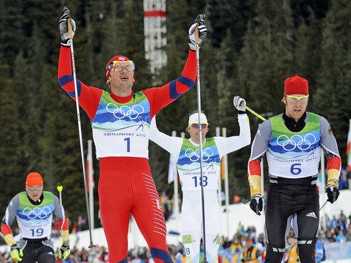 Axel Teichmann (r.) musste sich nur Petter Northug geschlagen geben