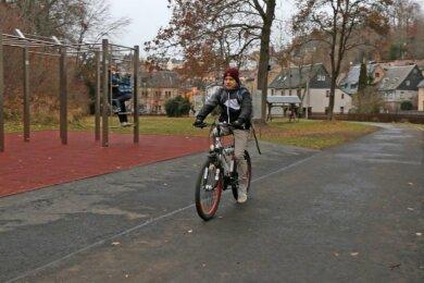 Mit dem Möplü-Park in Kirchberg ist zugleich ein Stück neuer Radweg entstanden.