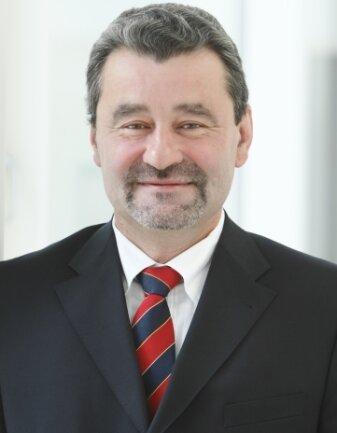 Professor Thomas Geßner.