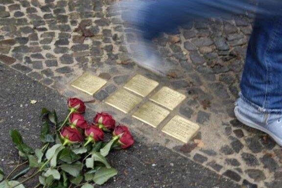Erneut Stolpersteine im Lutherviertel beschädigt