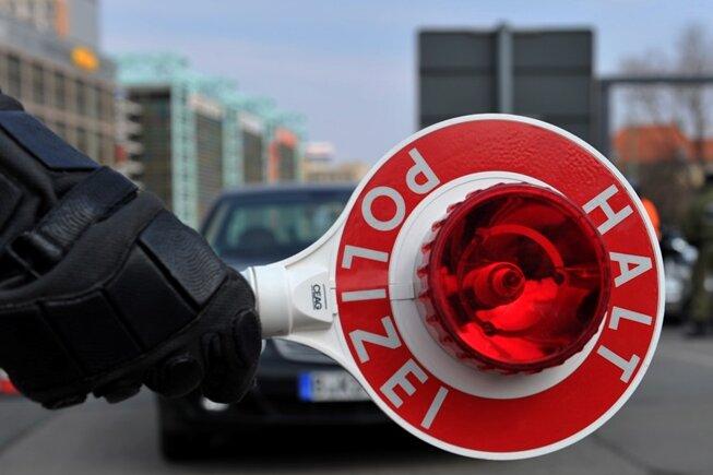 Motocross-Fahrer leistet sich Verfolgungsjagd mit Polizei
