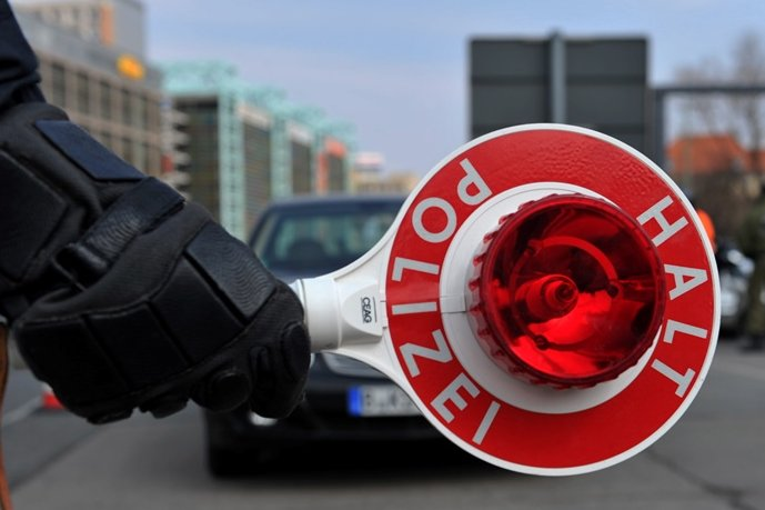 Auerswalde/Chemnitz: Mann liefert sich Verfolgungsjagd mit Polizei