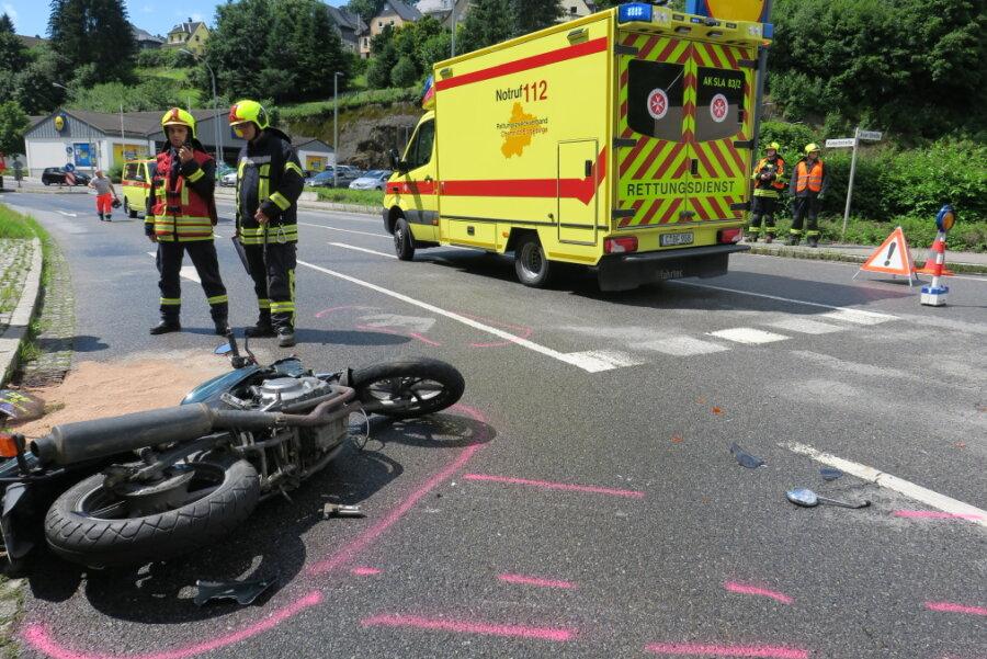 Schneeberg: Biker bei Unfall schwer verletzt