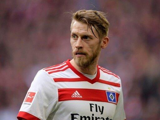 Aaron Hunt bleibt auch unter Wolf HSV-Kapitän