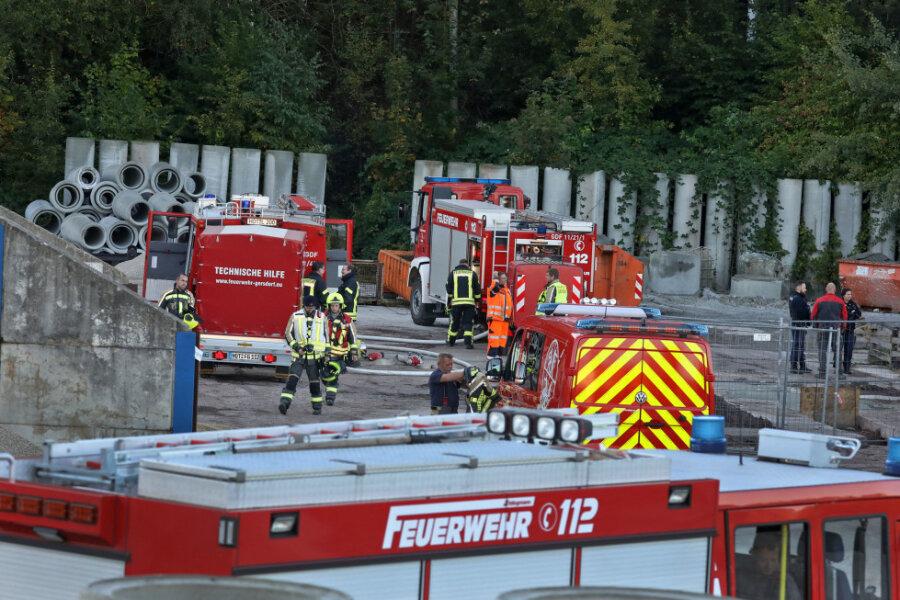 Brand auf Firmengelände in Gersdorf