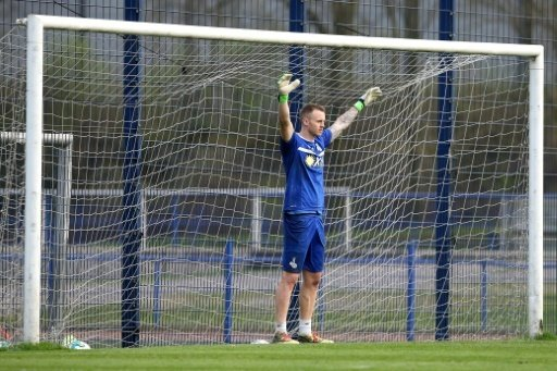 Keeper Flekken wechselt aus Duisburg zum SC Freiburg