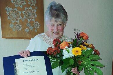 Die Schneebergerin Sigrid Hackel wurde für ihr Lebenswerk geehrt.