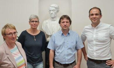 Der neue Vorstand des Fördervereins der Weinholdschule. Im Bild von links: Iris Grundmann, Barbara Dreyer, Michael Käppel und Marcus Fritsch.