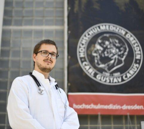 Das Medizinisch-Theoretische Zentrum, das zum Dresdener Universitätsklinikum gehört, ist seit drei Semestern die zweite Heimat von Medizinstudent Eric Leitert. Der Harthaer studiert mit einem Programm des Landkreises.