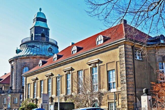 Die Sanierung des Gebäudes, in dem sich unter anderem die Kunstsammlungen befinden, wird vorerst nicht realisiert.