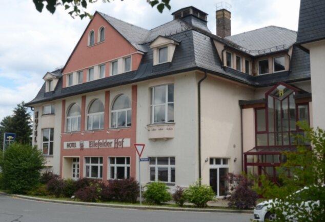 Der Ellefelder Hof: Bereits im Oktober sollen unter anderem Gaststätte und Café öffnen.