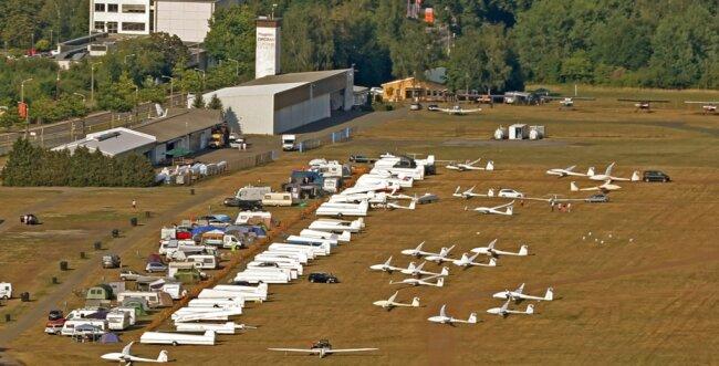Sofern es Corona zulässt, will der Aero-Club Zwickau bei der geplanten Segelflugmeisterschaft im Mai Bilder wie dieses aus 2018 sehen.