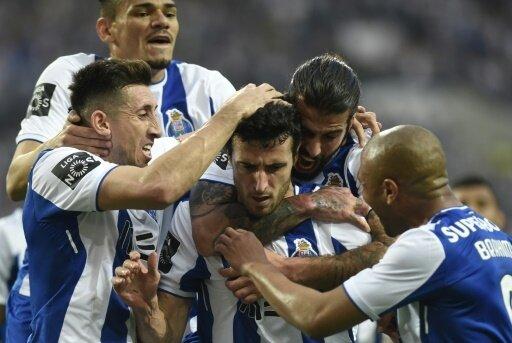 Porto feiert den Titel auf der Couch