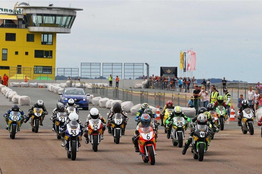 Auch in der Nachwuchsarbeit im Bereich der Pocket- und Minibiker gibt der AMC Sachsenring wieder Gas.