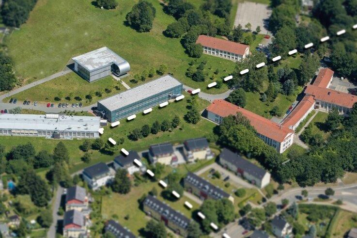 Die Grenze (gestrichelte Linie) zwischen dem Erzgebirge (unten rechts) und der Vorerzgebirgssenke teilt den Universitätsteil an der Erfenschlager Straße.