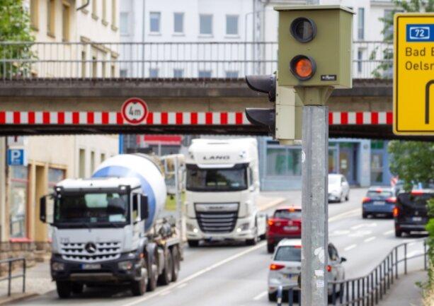 An der Kreuzung Böhler-/Wiesenstraße steht bereits ein Rotlicht-Blitzer. Bis Januar kommen in Plauen drei weitere dazu.