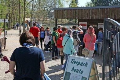 Eigentlich ist der Tierpark Hirschfeld gut besucht. Aber so wie sonst dürfte es hier in Corona-Zeiten nicht aussehen.