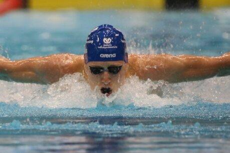 100 Meter Delfin - auch Schmetterling genannt - sind Paulus Schöns Paradestrecke. Bei den Deutschen Meisterschaften wurde der 1,96-Meter-Hüne Sechster.