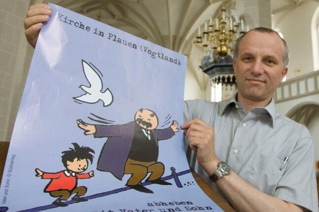 """<p class=""""artikelinhalt"""">Hans-Jörg Rummel, Pfarrer der Plauener Johannisgemeinde, hat ein Plakat für den Auftritt in Dresden entworfen. Dabei bringt er die christliche Dreieinigkeit mit den Figuren Erich Ohsers zusammen. </p>"""