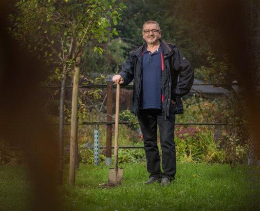 Es gab Zeiten, da konnte Gert Bauer stundenlang im Garten werkeln.