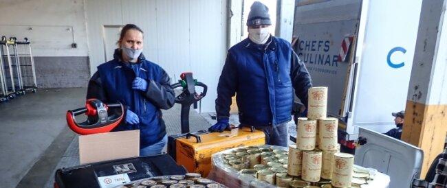 Die Firma Beeren-, Wild- und Feinfrucht aus Steinberg unterstützt seit vielen Jahren die Plauener Tafel mit Lebensmitteln. Jetzt gab es eine neue Großspende.