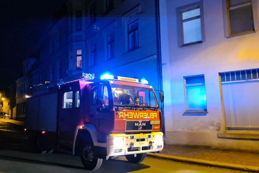 Küchenbrand in Mylau: Zwei Personen im Krankenhaus